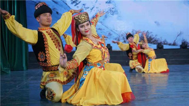 原汁原味的新疆歌舞陸續登上廣東多市舞臺