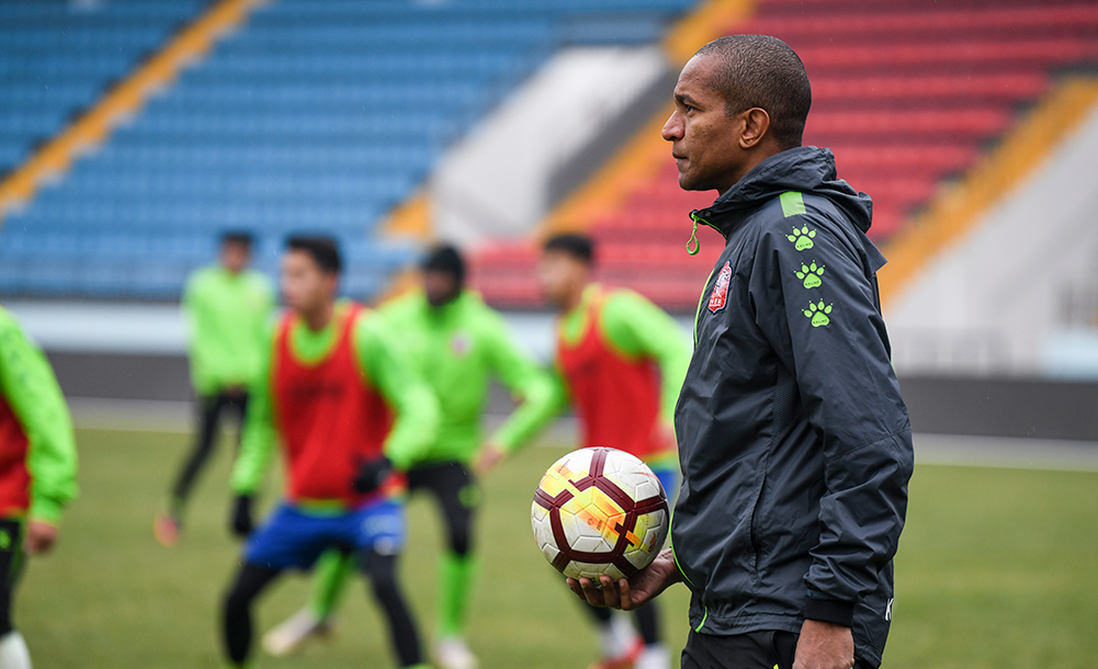 巴西人維森特:與中國足球結緣15載