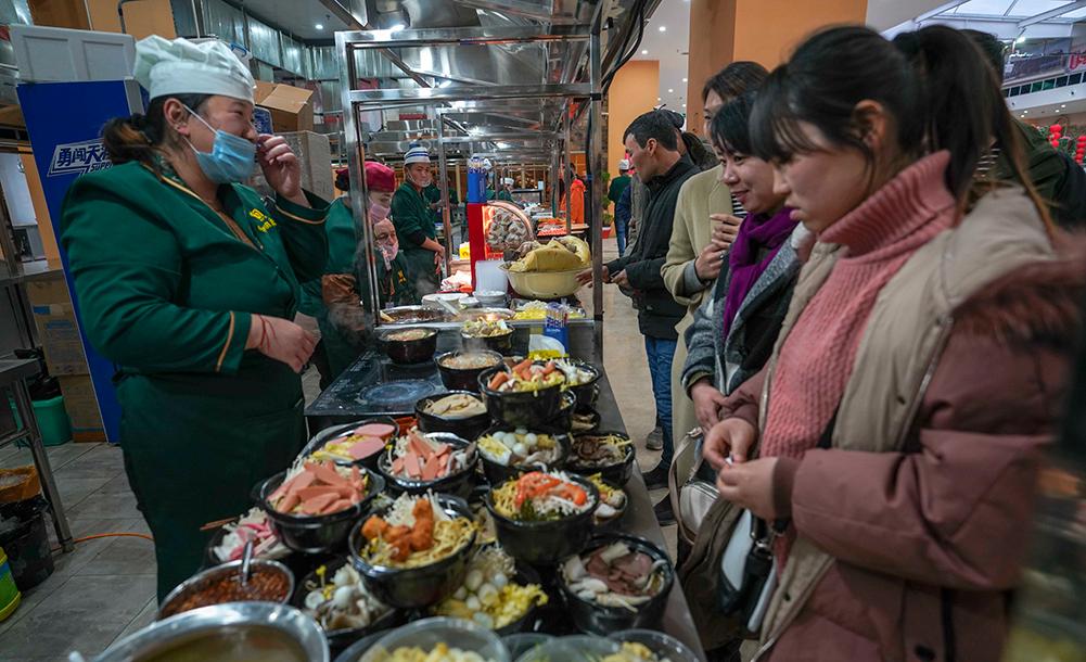 和田夜市:綠洲裏的饕餮盛宴