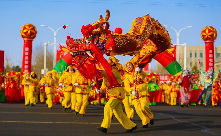 新疆博州:各族群眾鑼鼓聲聲鬧元宵